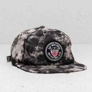 HUF WORLDCUP FEDERATION WASHED 6 PANEL  NWT